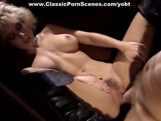 Babe Drilled Inside The Car