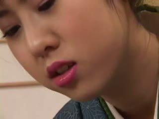 Chinatsu nakano - 23 yo japans geisha meisje