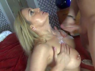多汁 妈妈 17: 自由 欧洲的 色情 视频 d2