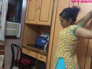 Indisk amatör babes lily kön