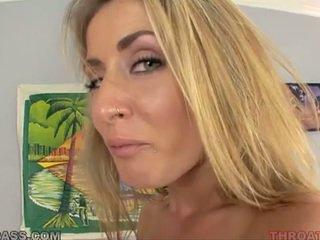 Cum eating blondin abby korsa körd i throat
