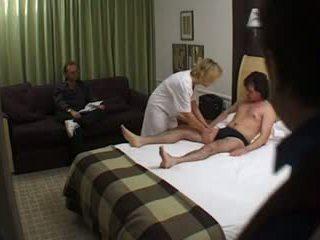Briti milf masseuse lits hotell incall fuck: tasuta porno df
