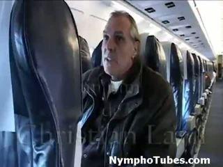 Szőke stewardesses ütés guys - nymphotubes.com