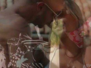 סקסי בייב alanna anderson בחוץ סקס