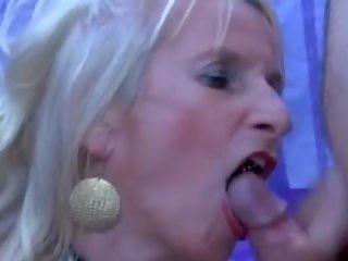 Gangbang bukkake cumshots spermas šķīdums swallowing facials: porno ee