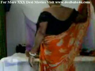 Indian sat aunty futand cu nieghbour peon