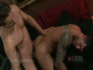 Michael lucas ja adam killian naida passionately
