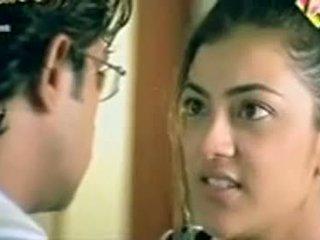 Telugu aktris kajol agarwal showing boobs