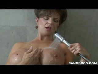 Pleasing momma deauxma likes 그만큼 즐거움 의 getting sauced 에 그녀의 입 와 정액