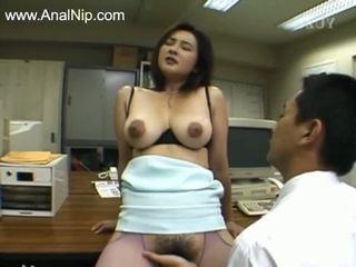 Perfekt hårete anal sex fra koreansk