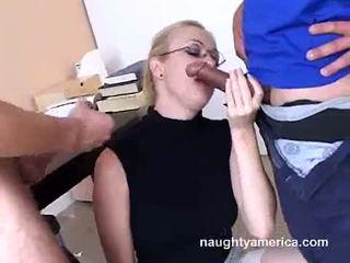 Adrianna nicole blows 2 硬 meat weenies alternately