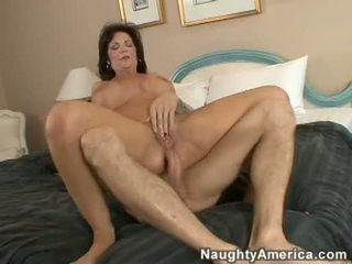 Hot 10 Pounder Humping Milf DeauxMa Gets A CreAmy Messy CumsplAsh