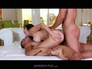 Passion hd: erste dp für mieze holly michaels