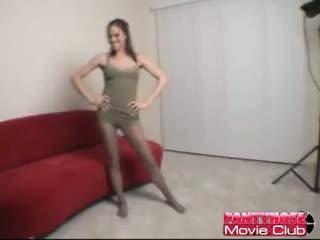 Geil brunette babe in panty addison rose teasing ons