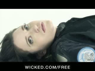 Aiden starr - horizon dvd סצנה 6 - חזה גדול לסביות עם שיערי כוס finger זיון