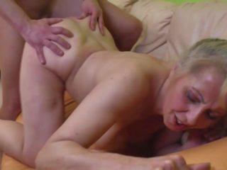 Desperate бабуся seduced younger dude, hd порно a1