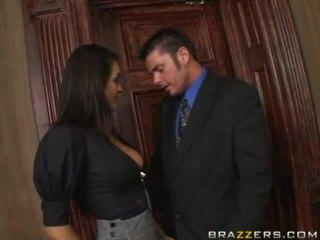brunete, lielas krūtis, office sex