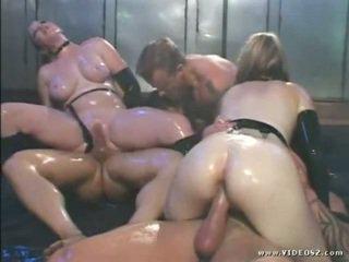 brunetă, sanii mari, anal sex