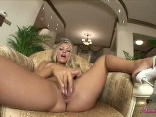 Lfree Porn Video Love The Fingers In Her Pussy