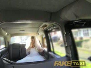 Fake taxi runaway panna młoda needs duży kutas