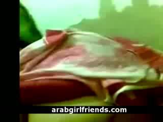 Geil arab model enjoys haar mans groot lul in amateur pov