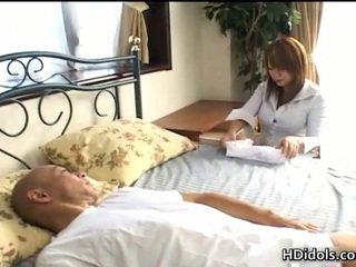 Neglijent pasarica kaede ohshiro gives astonishing