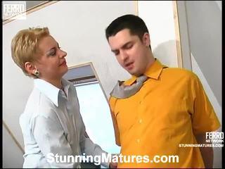 Alice et adam concupiscent maman en action