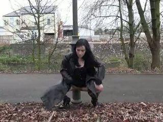Fae corbins amatér flashing a venkovní babes veřejné nudity a outragious exhi