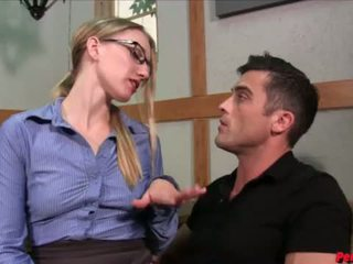 Hot boss Riley Reyes makes Lance Hart eat her creampie after sex <span class=duration>- 4 min</span>