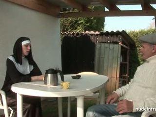 Joven francesa monja follada duro en trío con papy voyeur