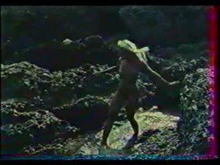 Thirrje vajzë (1977)