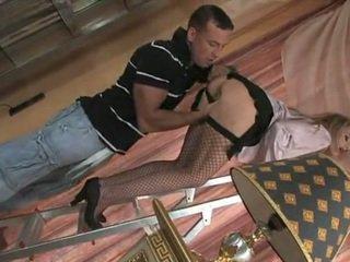 Seksi služkinja teasing in getting