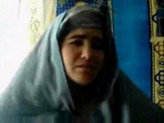 Tajik गर्ल गड़बड़ द्वारा एक pashton guy