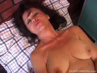 milf big porn, milf big titts pic, bg porno amatior milf
