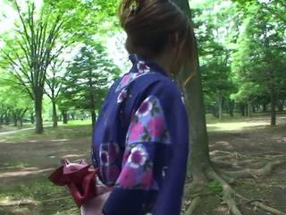 الثدي, المص, اليابانية